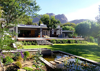 Bed And Breakfast Montague Gardens Cape Town